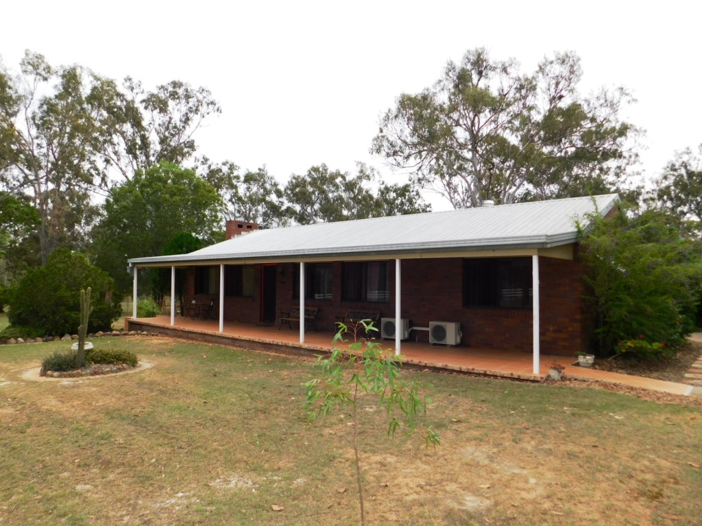 LOVELY 3 BEDROOM HOME ON 5 ACRES – T