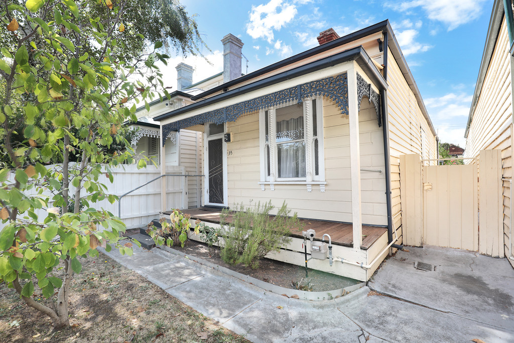 Rare 2 street frontage in blue chip locale
