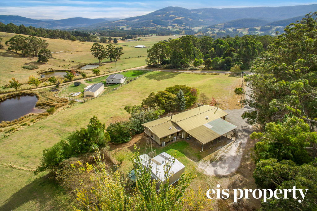 Hobby farm close by to Township
