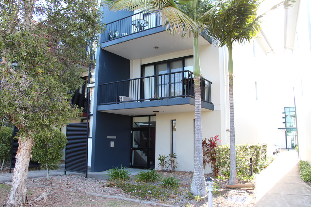 1st Floor Apartment – Raby Bay Harbour – Cleveland