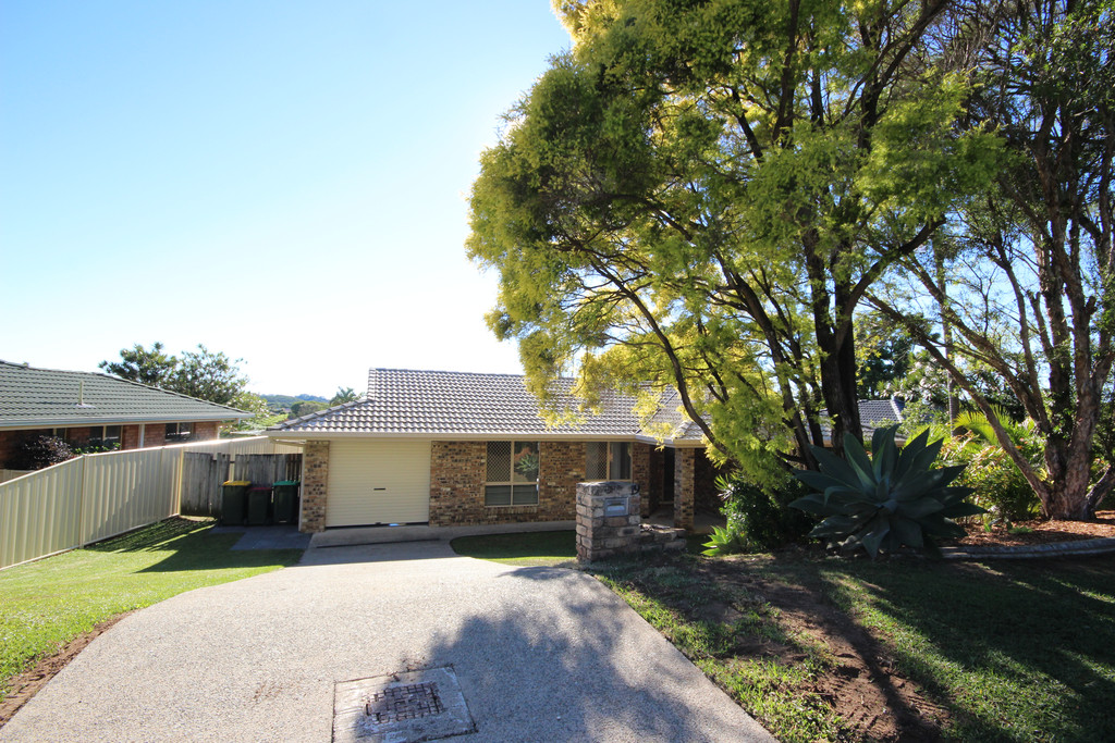 IMMACULATE HOME – QUIET RESIDENTIAL STREET