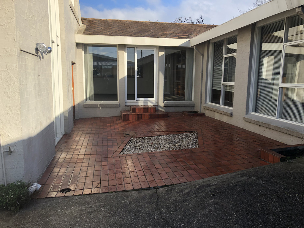 property image 820380