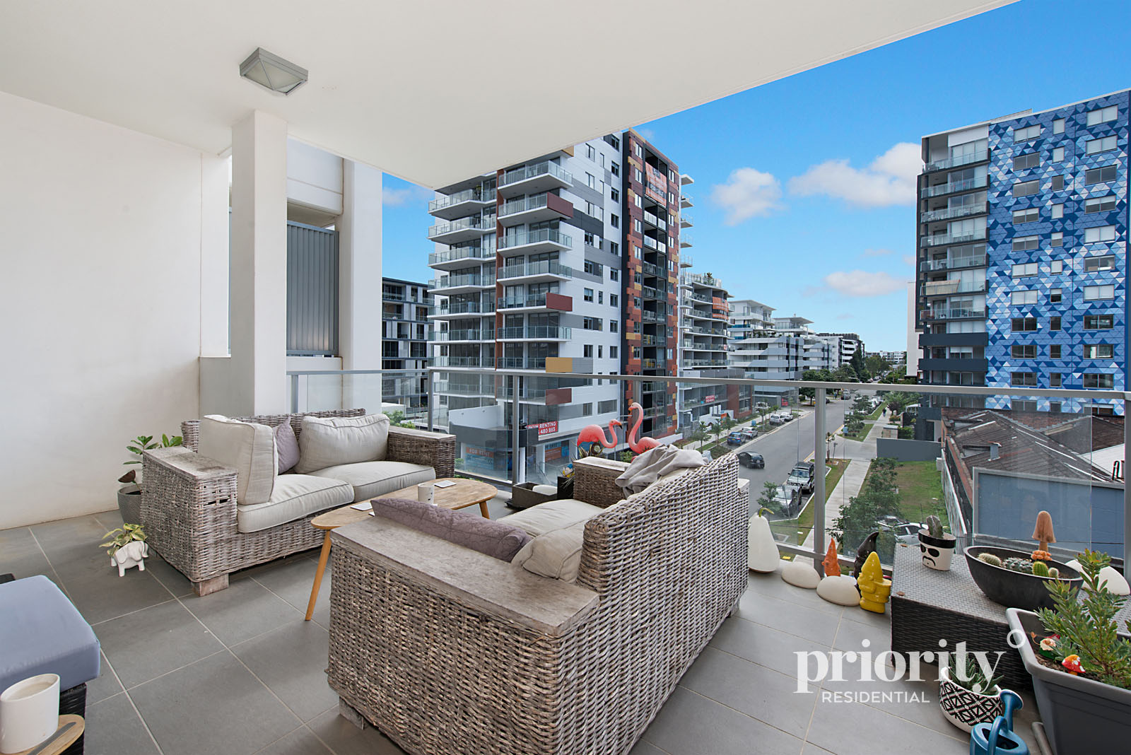 Exceptionally priced, North facing apartment with Entertainers balcony