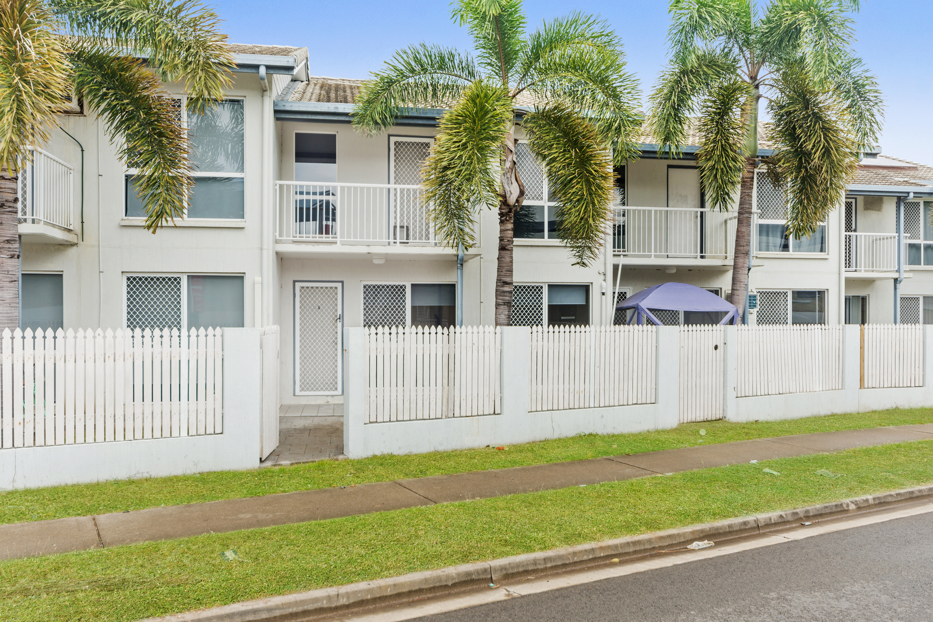 Spacious  two bedroom townhouse