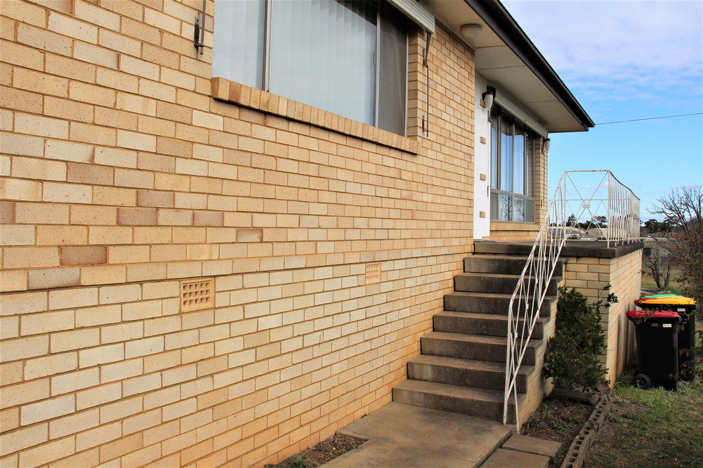 Freshly Renovated with Rural Views!- UNIT 3