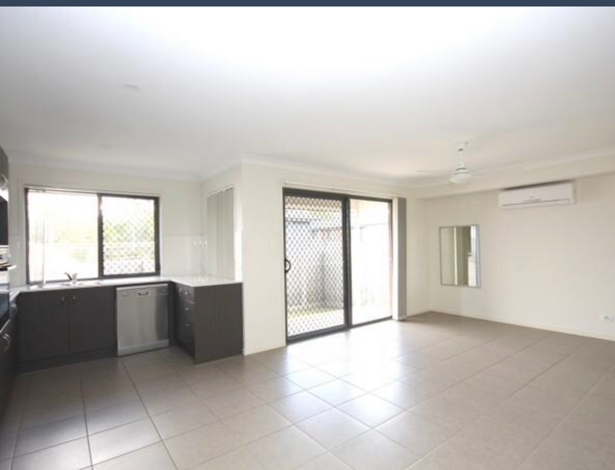 FOUR BEDROOM HOME!   CHEAP! .