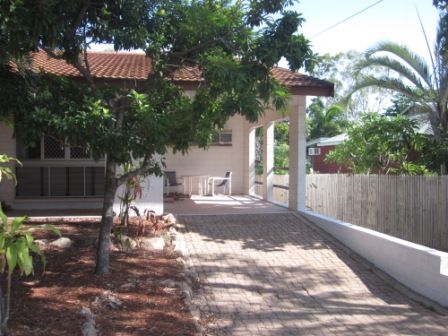 Furnished 2 Bedroom Unit in beautiful Picnic Bay