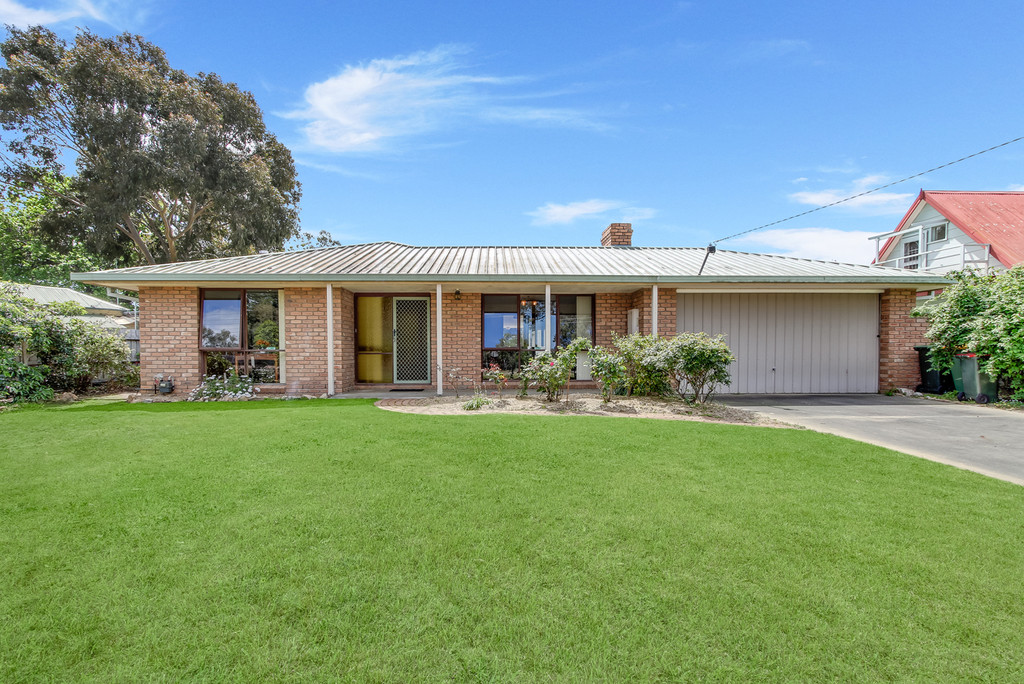 PRESTIGIOUS PAYNESVILLE ADDRESS