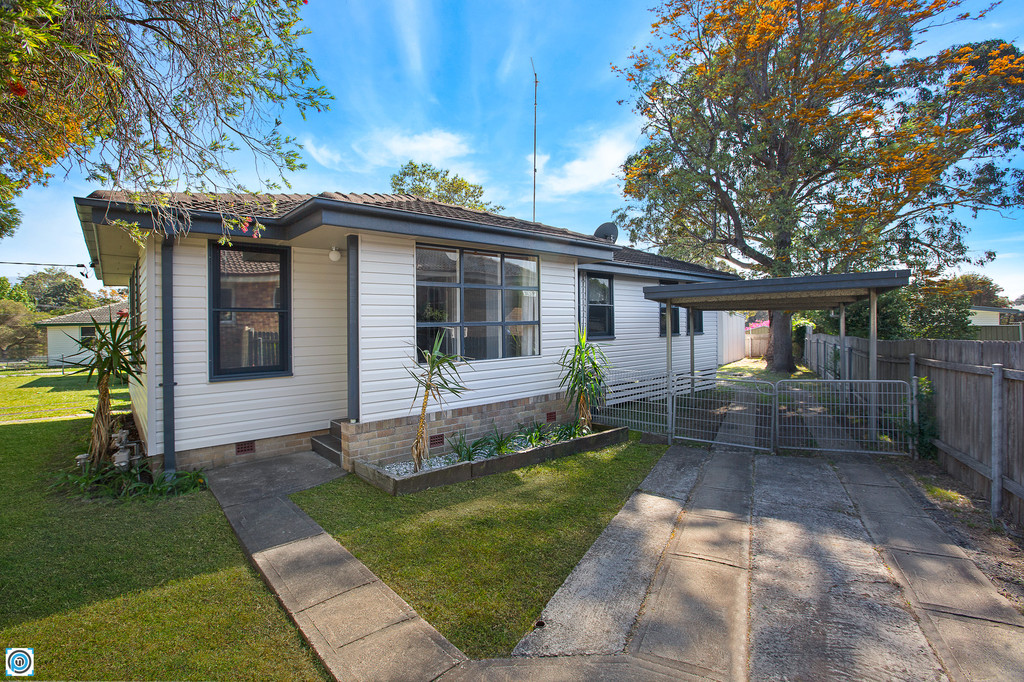 Great 1st home or investment opportunity