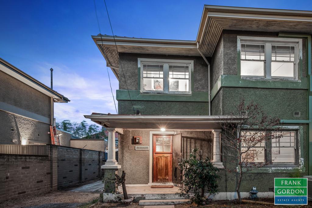 Spacious Bankhouse An Ideal Renovator