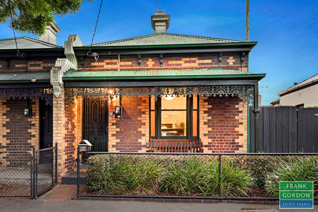 Victorian Charm meets Modern Comfort