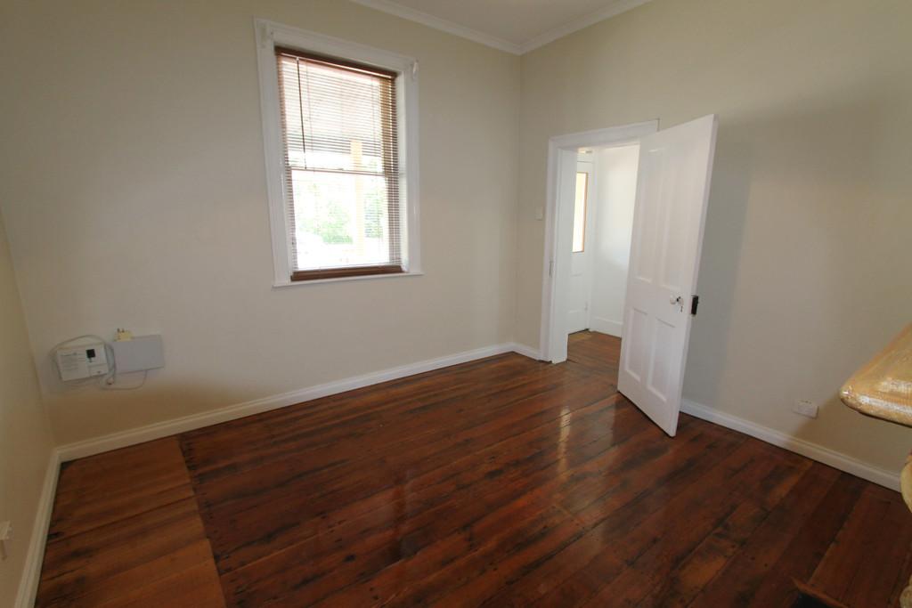 property image 963745