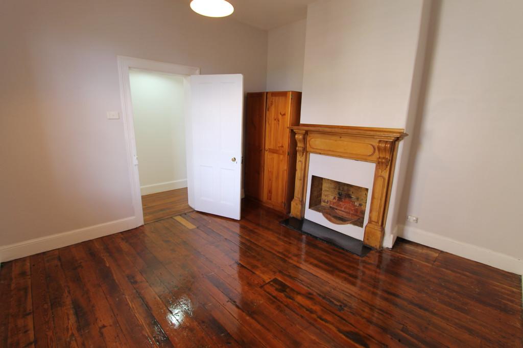 property image 963740