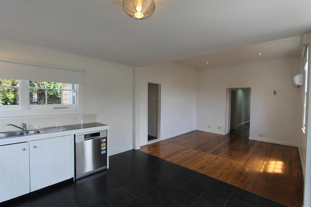 property image 963739