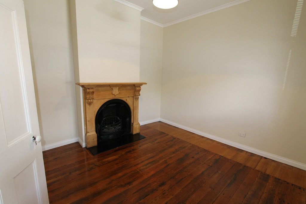 property image 963744
