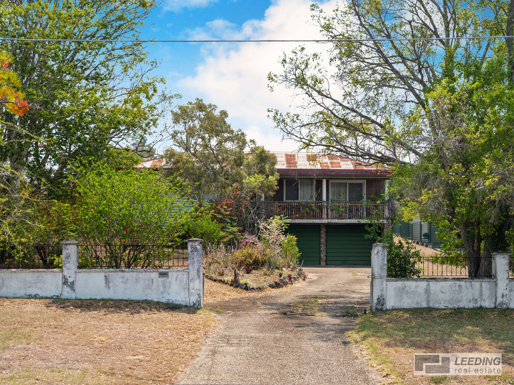 Fabulous Location, On the Hill, 1,002 sqm  of Land