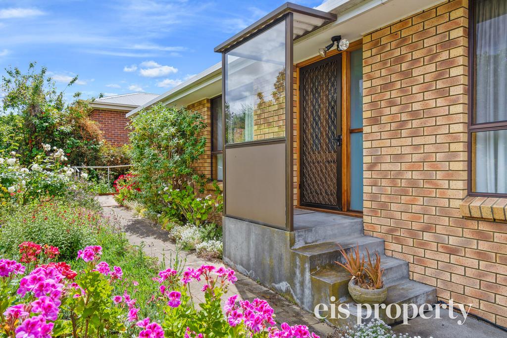 Private Villa With Picture Perfect Garden