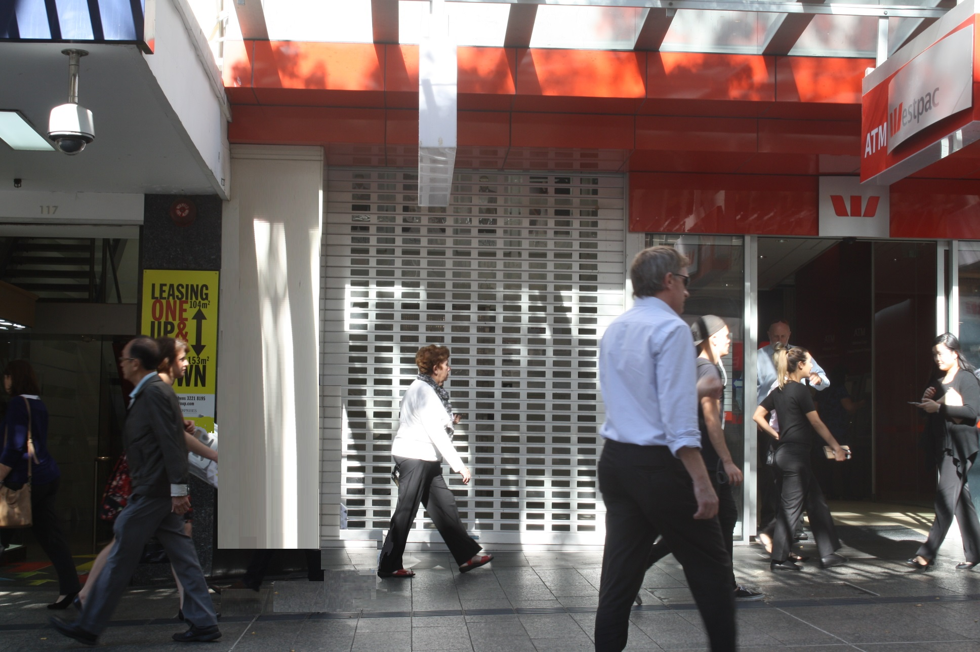 246 m2 Basement Retail in Queen St Mall with Lift Access from Mall