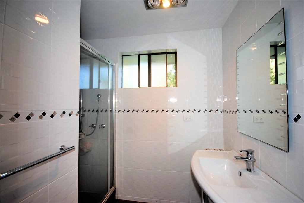 property image 100256