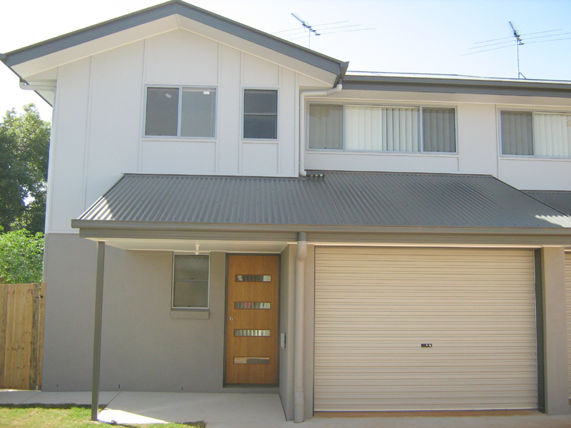 Townhouse close to CBD and School – Take over Lease