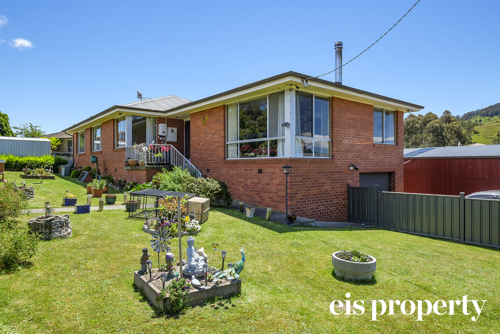 Fantastic Location in the heart of Geeveston!