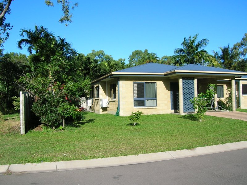 2 bedroom unit – fully furnished – close to the beach!