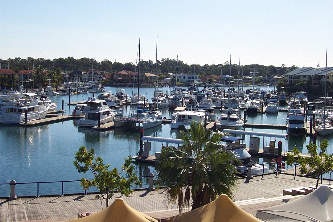 RABY BAY HARBOUR APARTMENT