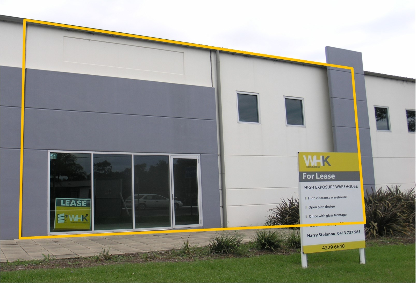 Commercial Warehouse in Prime Location
