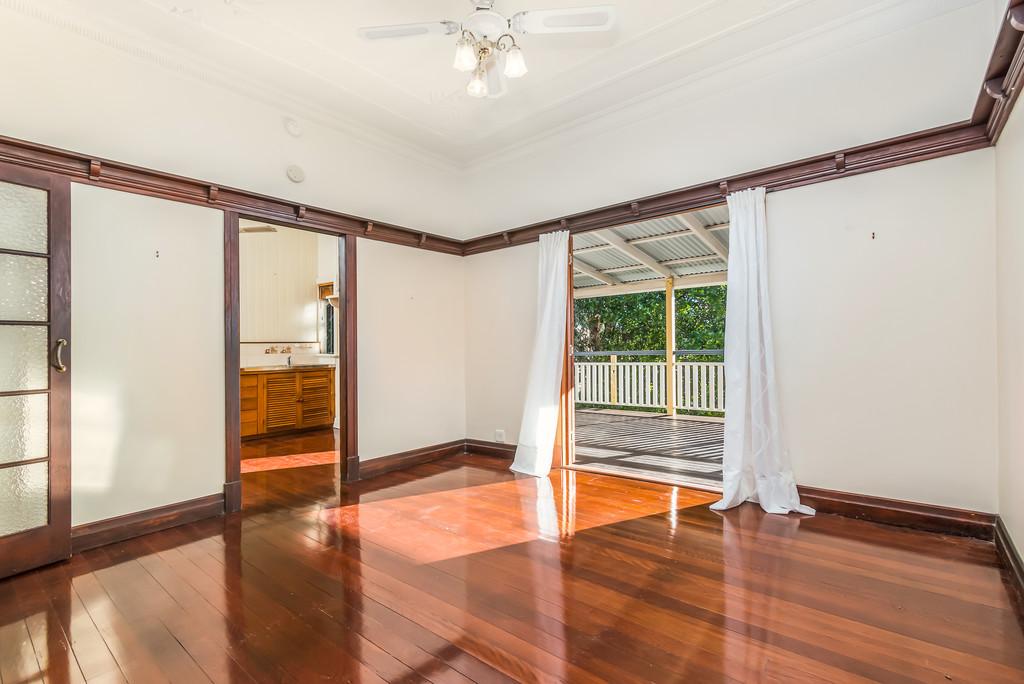 property image 1025882