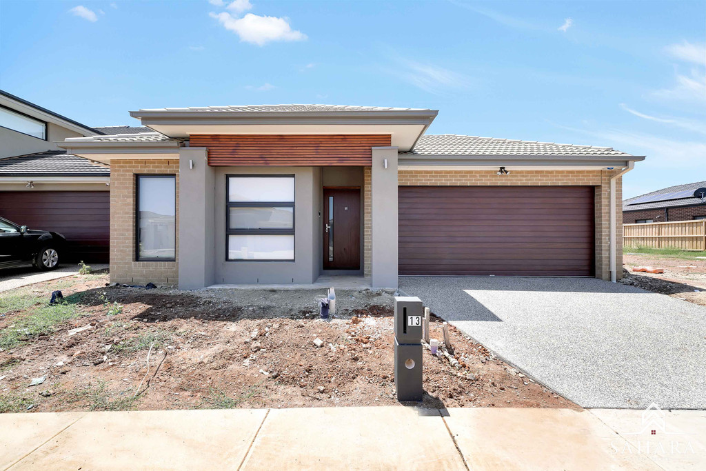 A Family Entertainer in Woodlea……