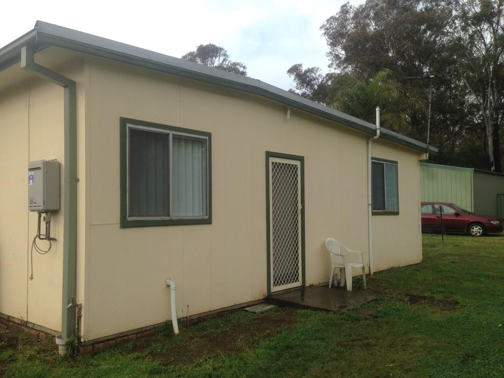 Large 2 Bedroom cottage in Rossmore