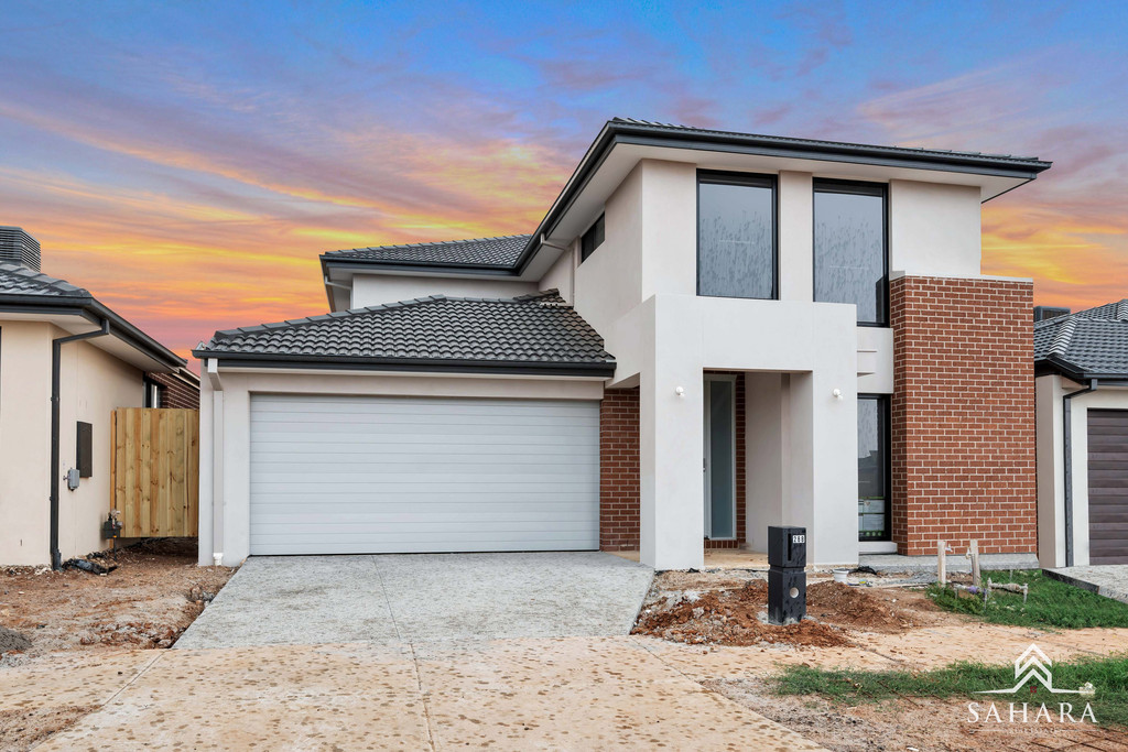 Brand New Double Story Family Entertainer In Woodlea