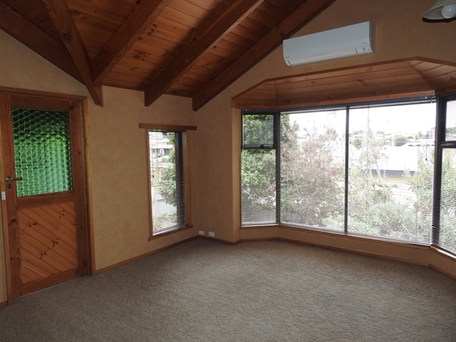 property image 1042740