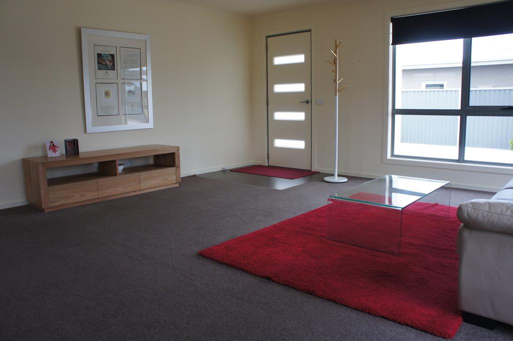 property image 1044064