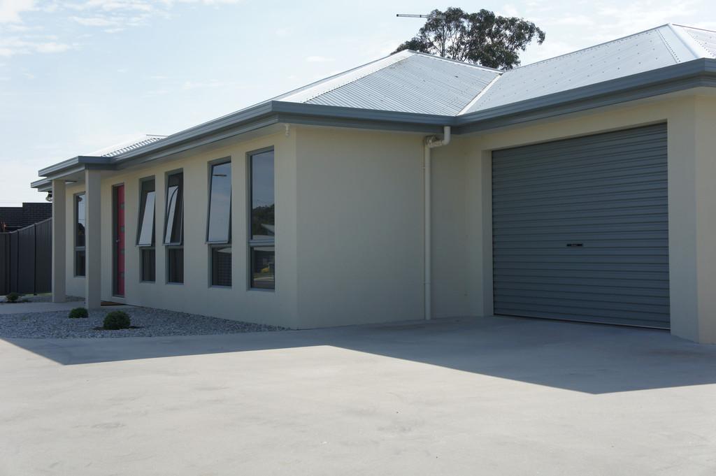 property image 1044058