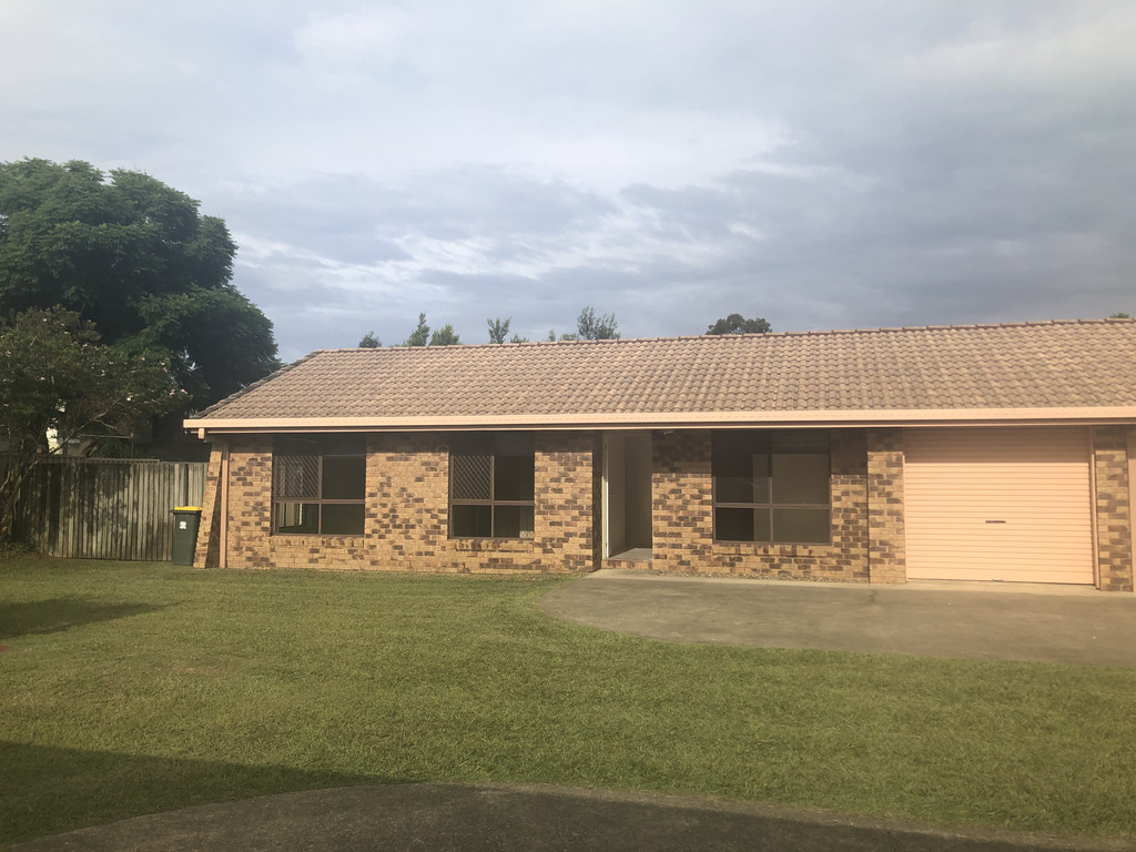 Quiet  duplex in the heart of Burpengary – New paint, Carpet and Blinds throughout