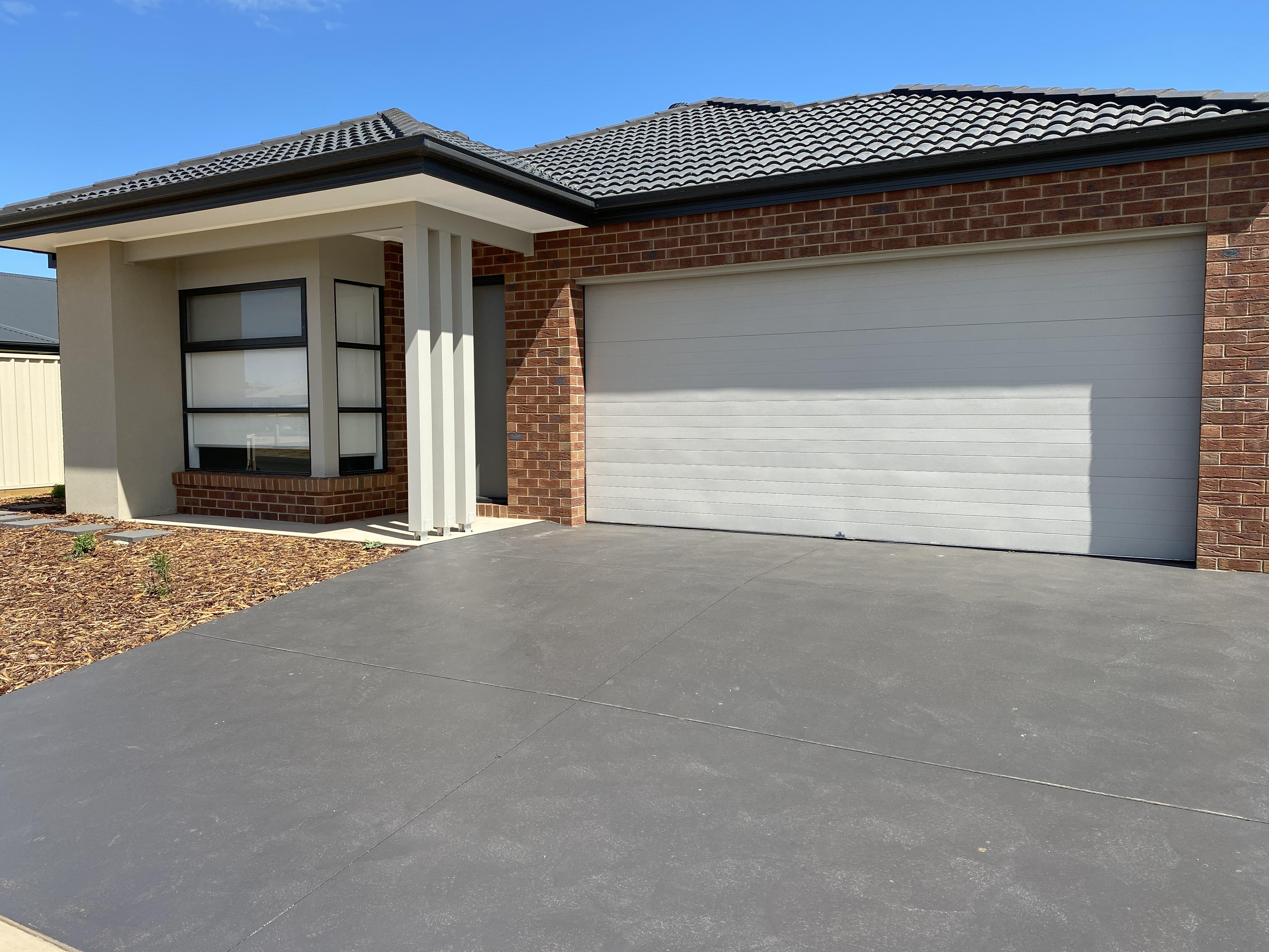 Brand New Family Home Mooroopna