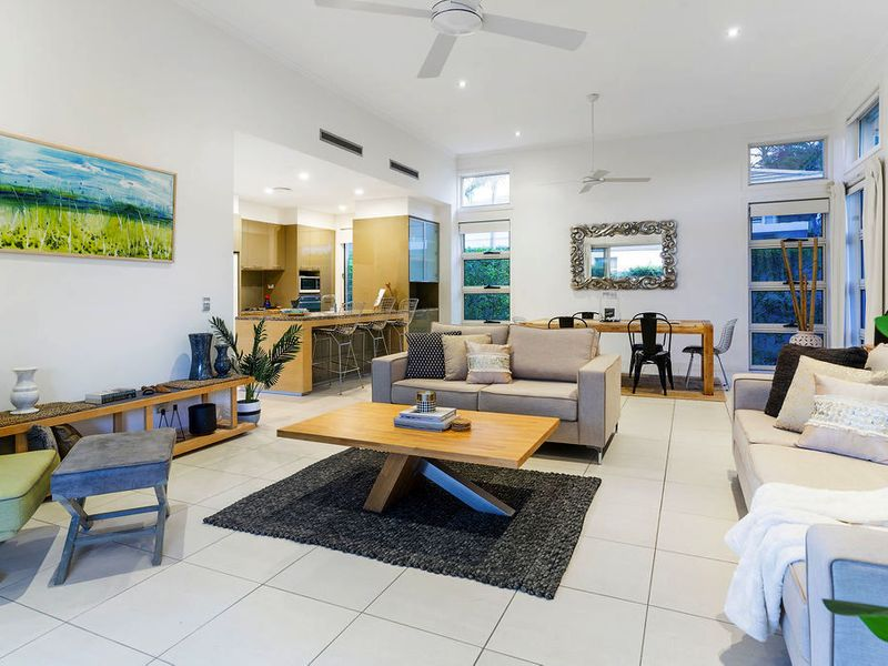 MOTIVATED SELLER – MUST BE SOLD – GRACEMERE'S BEST BUY!