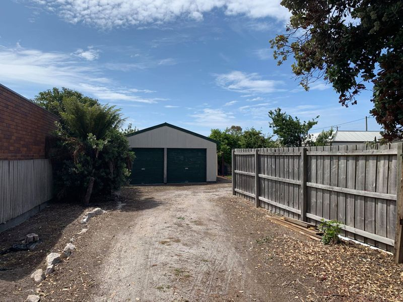 property image 2289094
