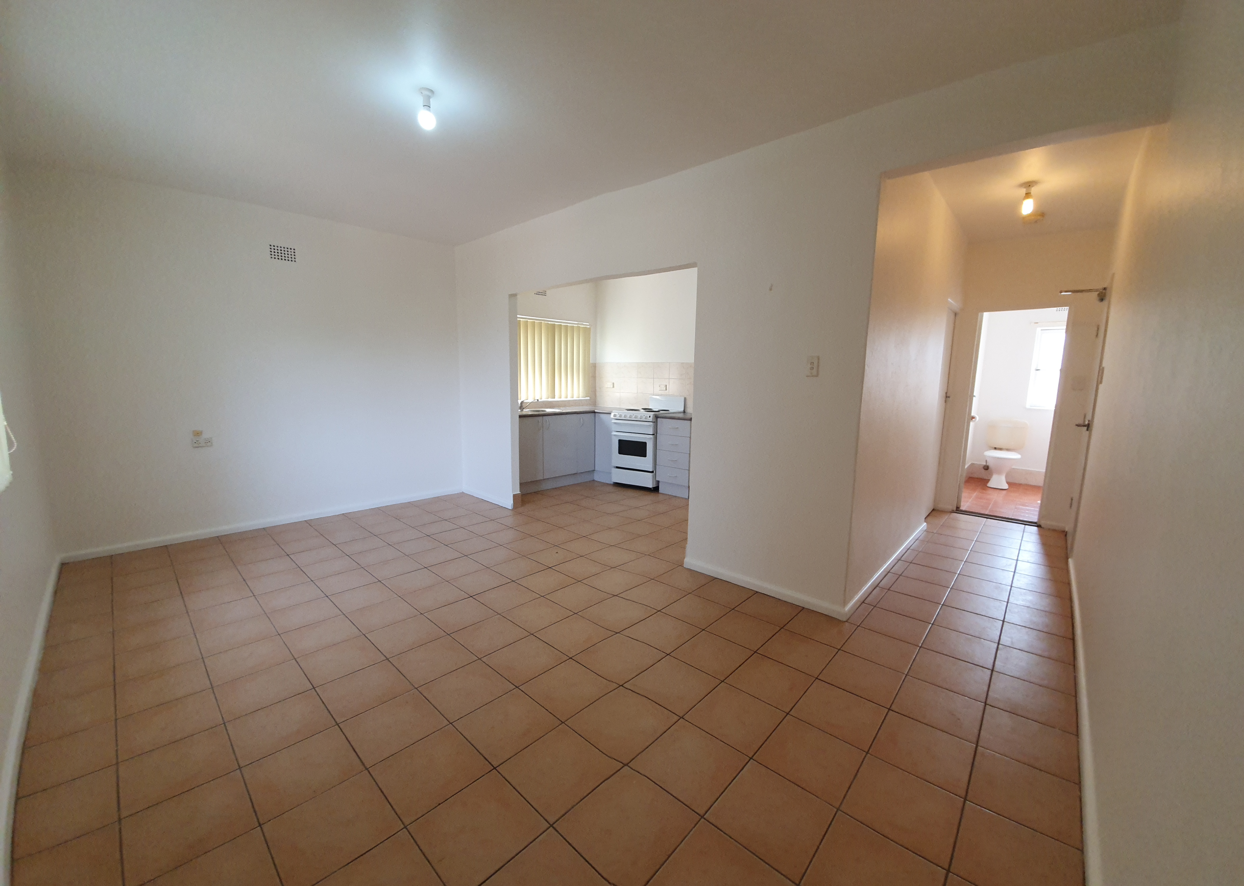 1 Bedroom Unit with Car Space (water usage included)