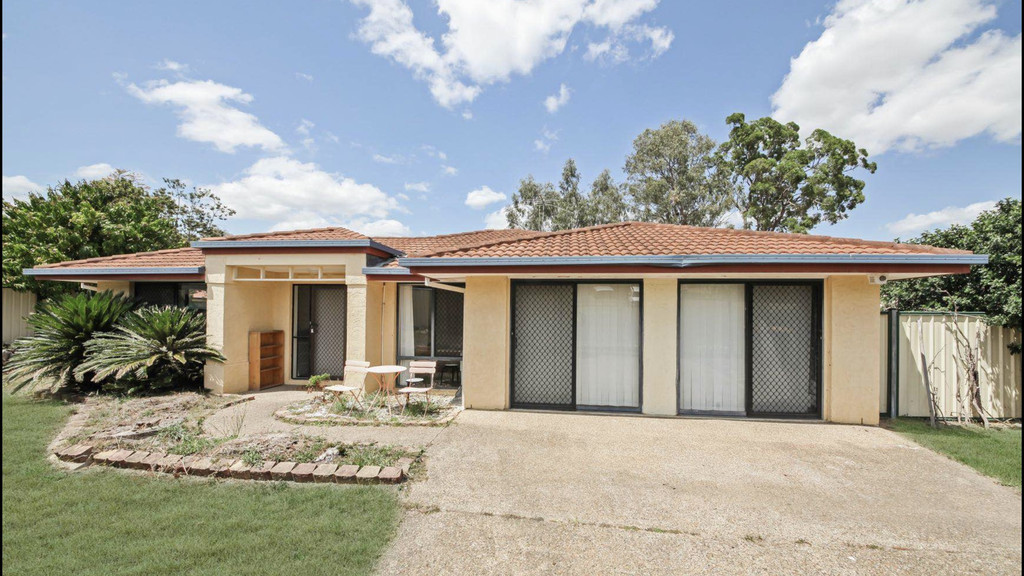 Available Now! Freshly Painted Spacious Family Home.