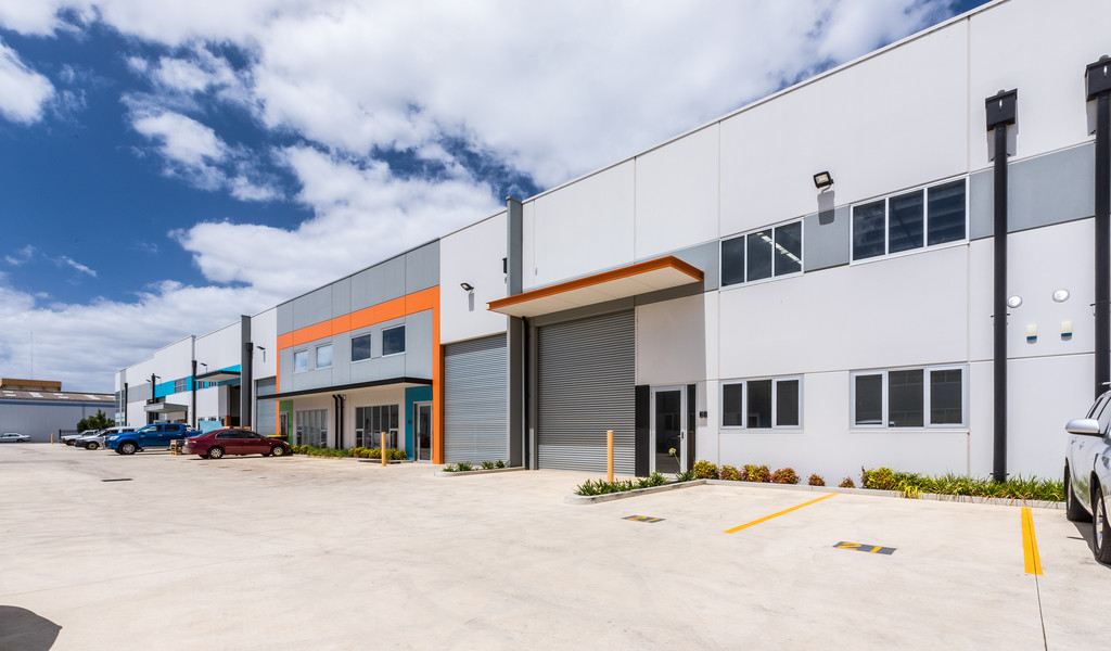 Superb Quality Warehouse in Heavily Populated Industrial Precinct