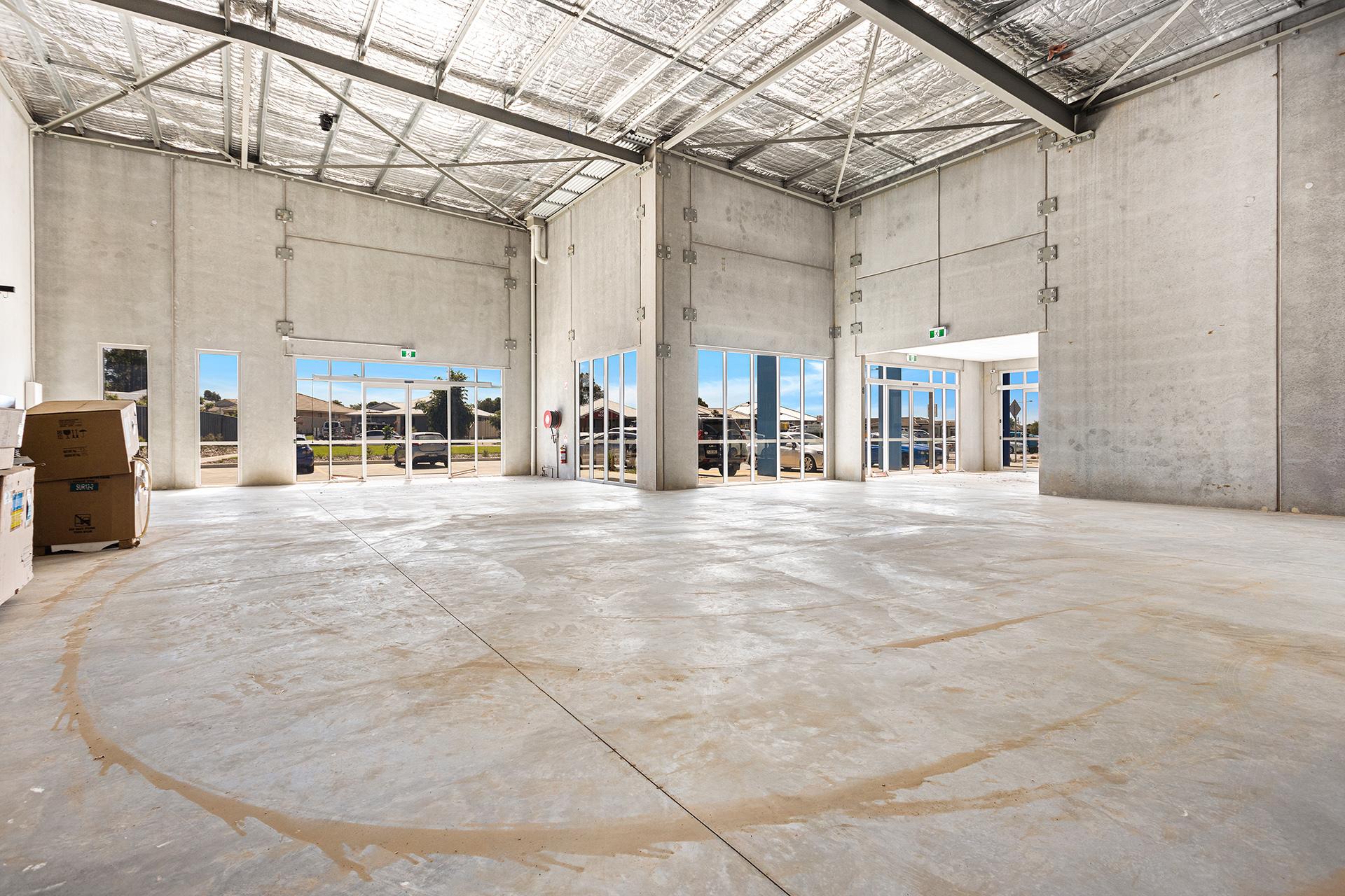 Premium 238sqm Corner retail shop – Worrigee Shopping Village