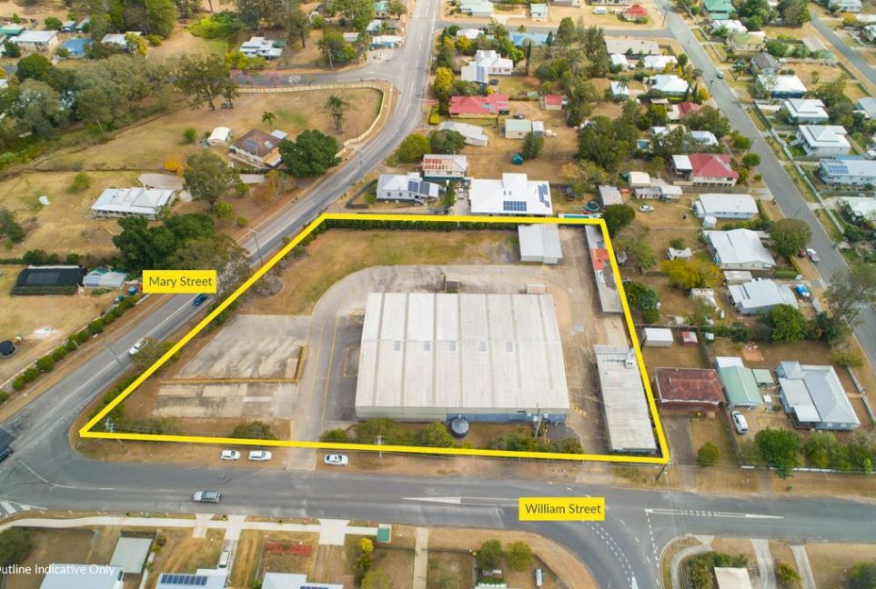 A RARE FIND – HUGE SHED & OFFICE COMPLEX