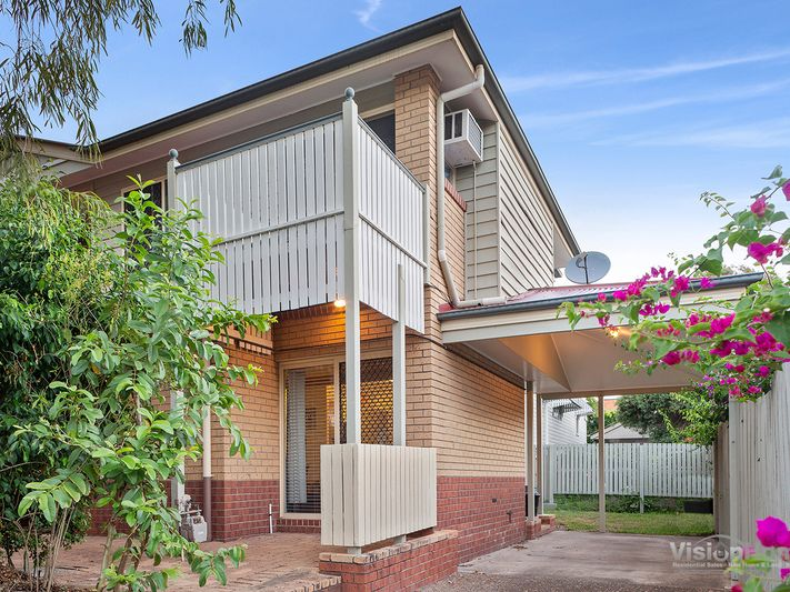 Unique Annerley Townhouse With No Common Thoroughfares