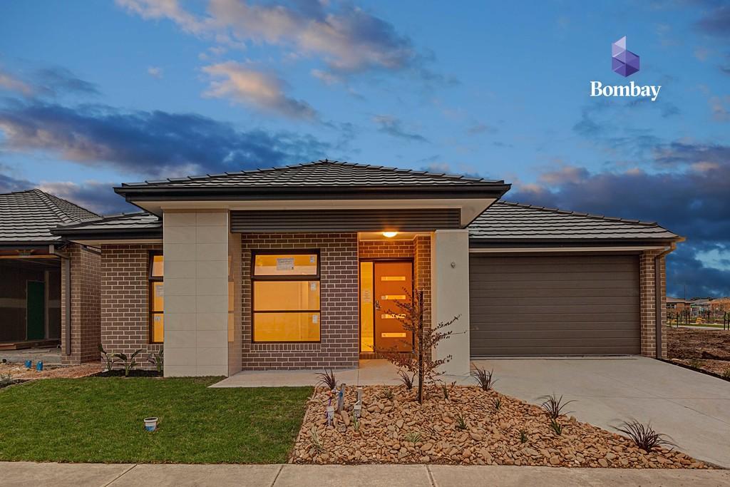 Brand New 4 BR Home in Trillium Estate