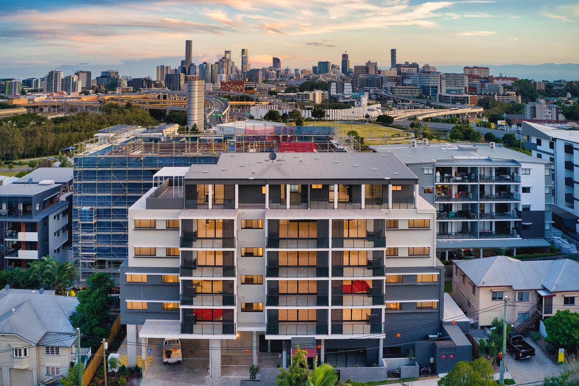 Brand New – Rare Top Floor One Bedroom Penthouse in Inner City
