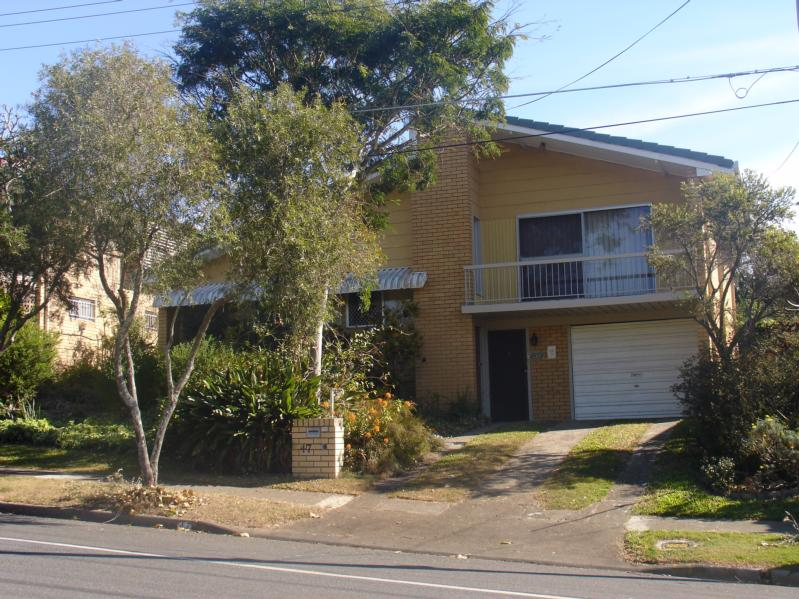 Great Location And Close To Amenities! OPEN HOUSE SAT 10.00 – 10.45AM