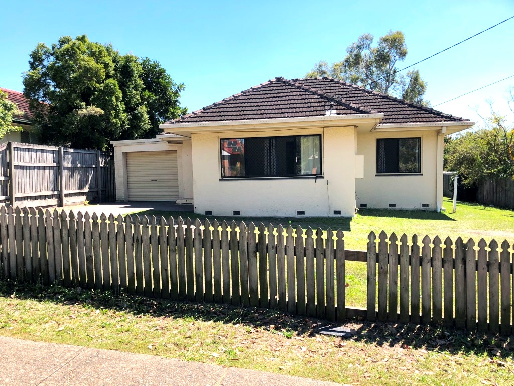 Home with Termite & Structural issue –  Renovators opportunity