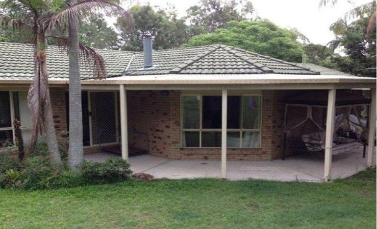 2 Houses on acreages – POTENTIAL DEVELOPMENT